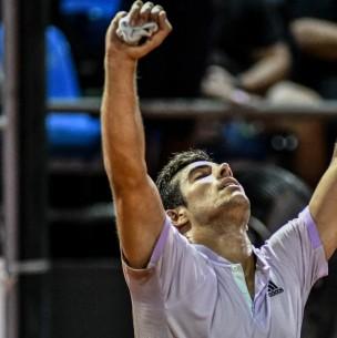 Garin logra histórica clasificación a tercera ronda de Roland Garros