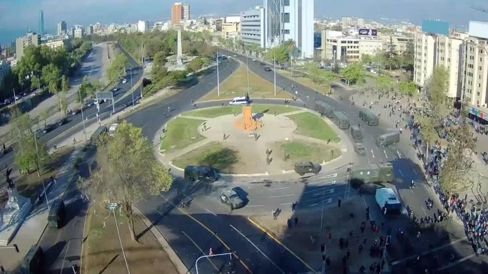 Manifestaciones provocan cortes de tránsito en sector de Plaza Italia