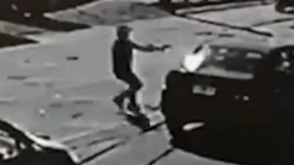 Hombre es asesinado a sangre fría mientras ayudaba a amigo que sufrió un robo