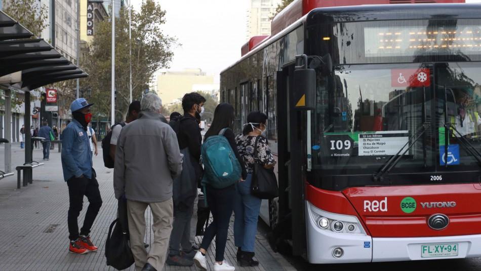 Toda la RM sale de Cuarentena: Revisa cómo funciona el transporte y movilidad en cada etapa
