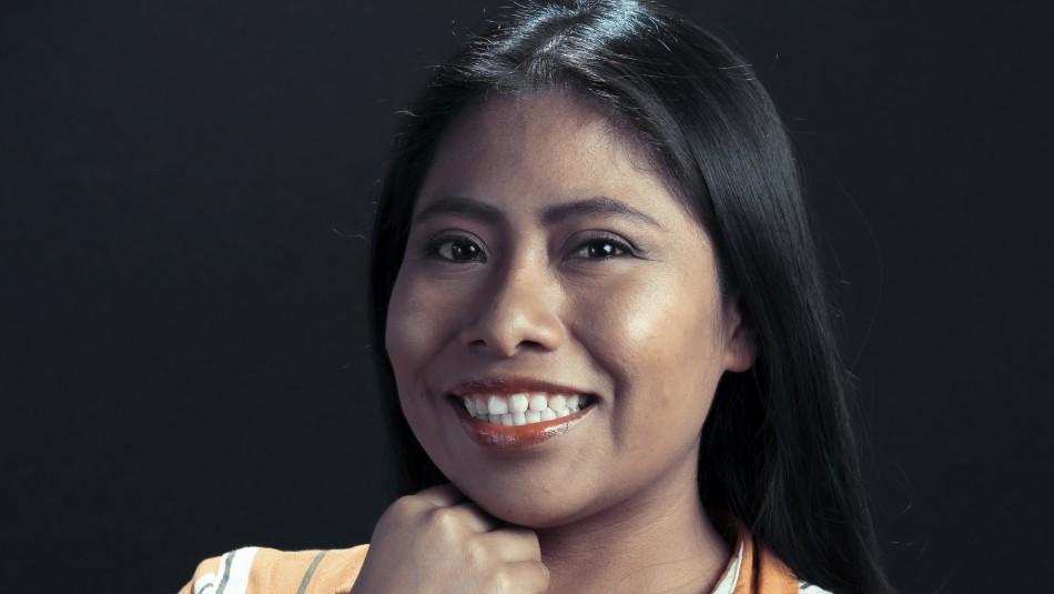 Actriz Yalitza Aparicio cortó su característica cabellera por una solidaria causa