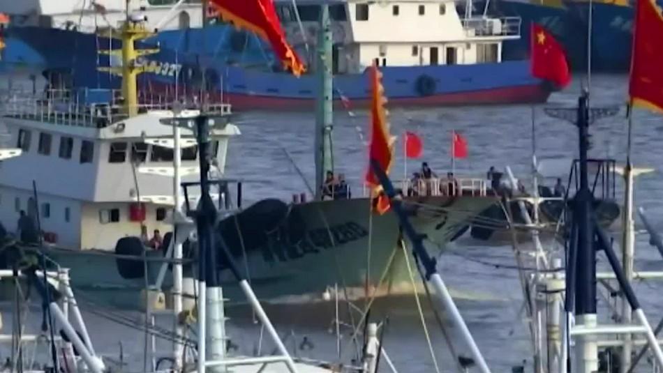 Alerta por presencia de más de 300 barcos pesqueros chinos cerca de las costas chilenas