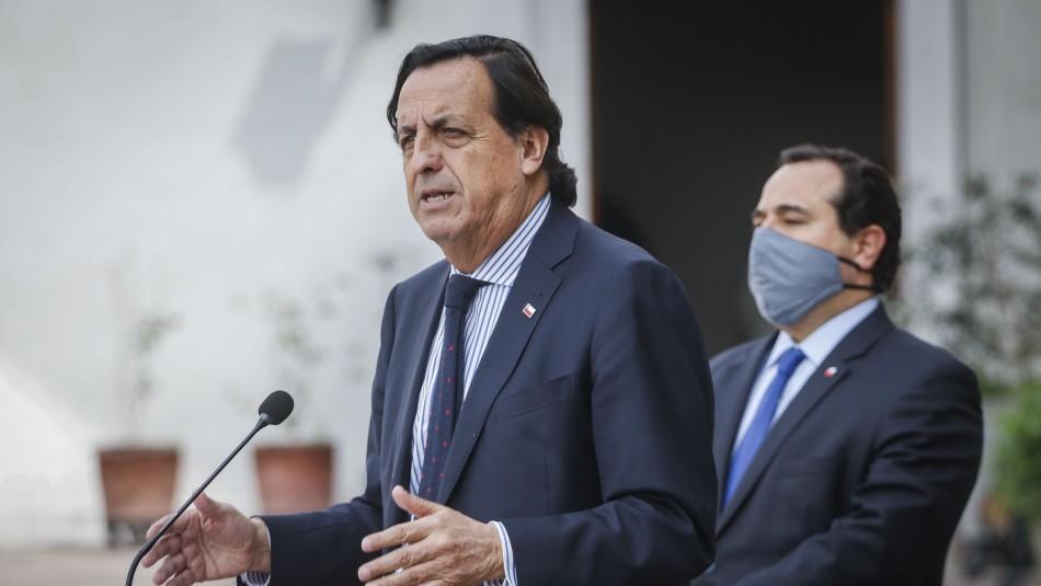 Ingresan acusación constitucional contra ministro Víctor Pérez