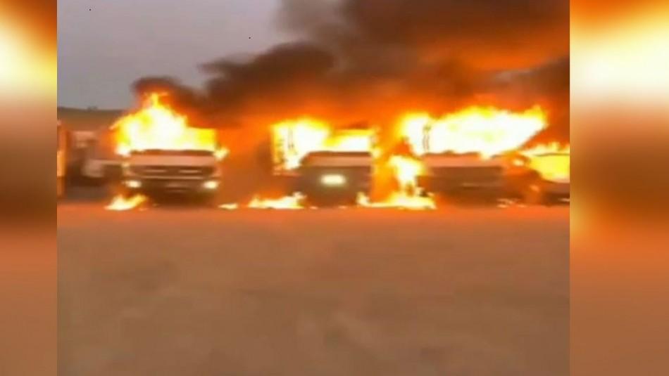 Video registra quema de al menos 12 camiones en Angol