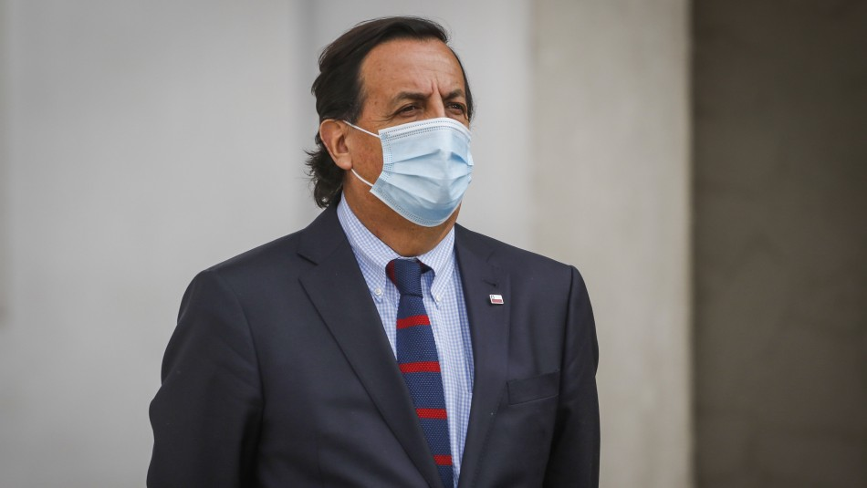 Agenda de seguridad: Ministro del Interior viaja a Angol tras cita con el presidente Piñera