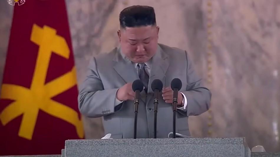 Corea del Norte: Kim Jong Un llora en inusual discurso a la nación