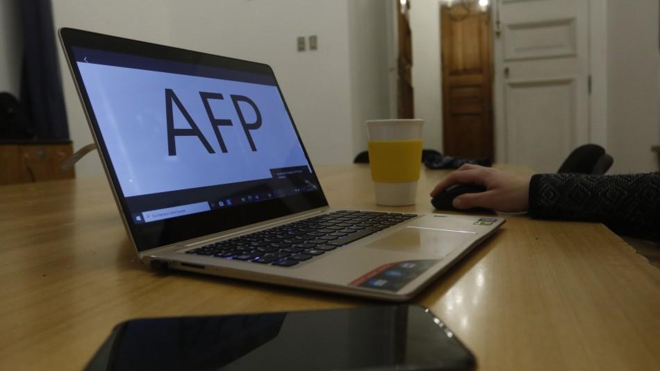 Fondos AFP: Aprueban refundir proyectos que buscan un segundo retiro del 10%