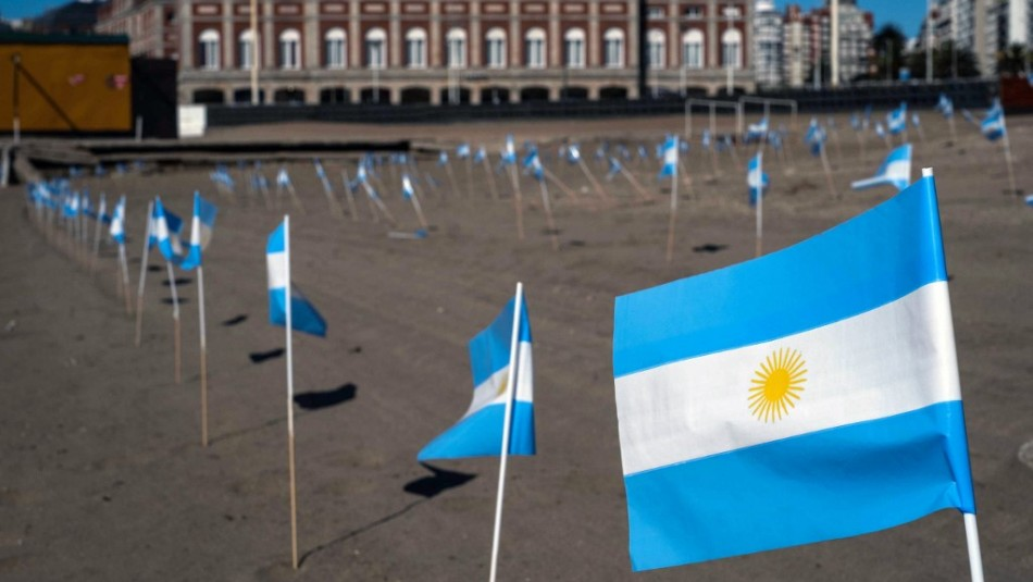 Argentina supera 25 mil muertes por coronavirus y supera récord diario de contagios