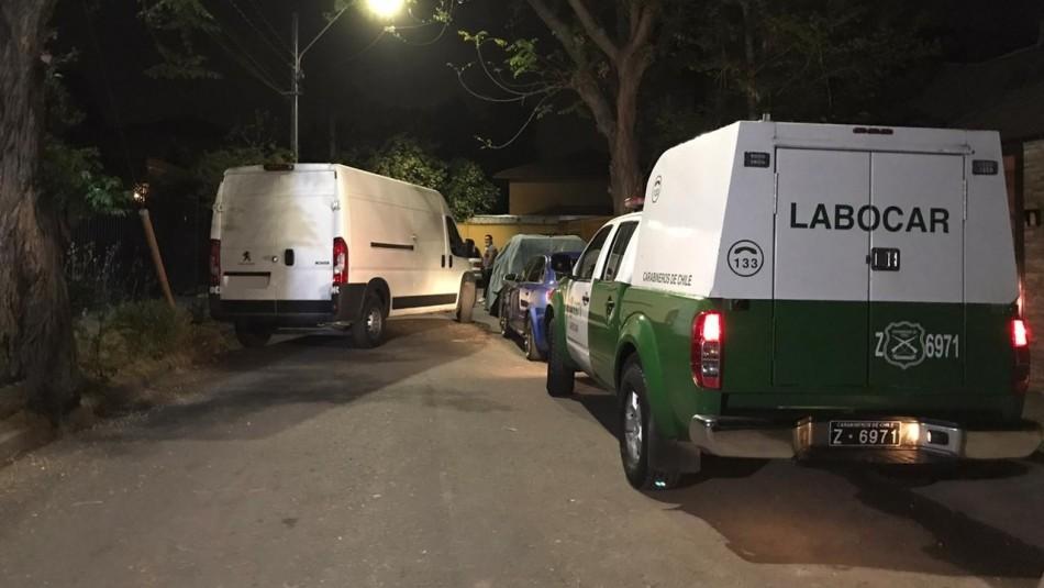 Delincuentes roban $12 millones en efectivo desde condominio en Peñalolén