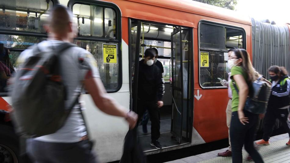Transporte público terrestre de Santiago adelanta cierre de operaciones por