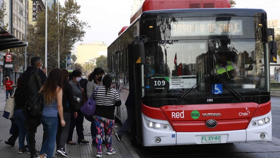 Vuelven a adelantar horario de cierre del Transantiago por manifestaciones del 18-0
