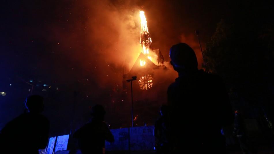 Incendio afecta nuevamente a la Iglesia de Carabineros
