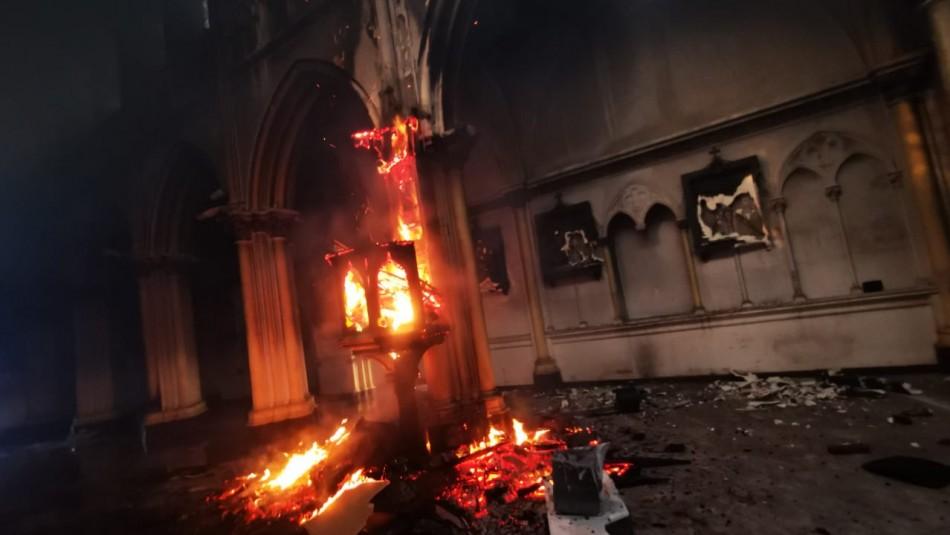 Carabineros denuncia ataque con fuego a Iglesia institucional en San Borja