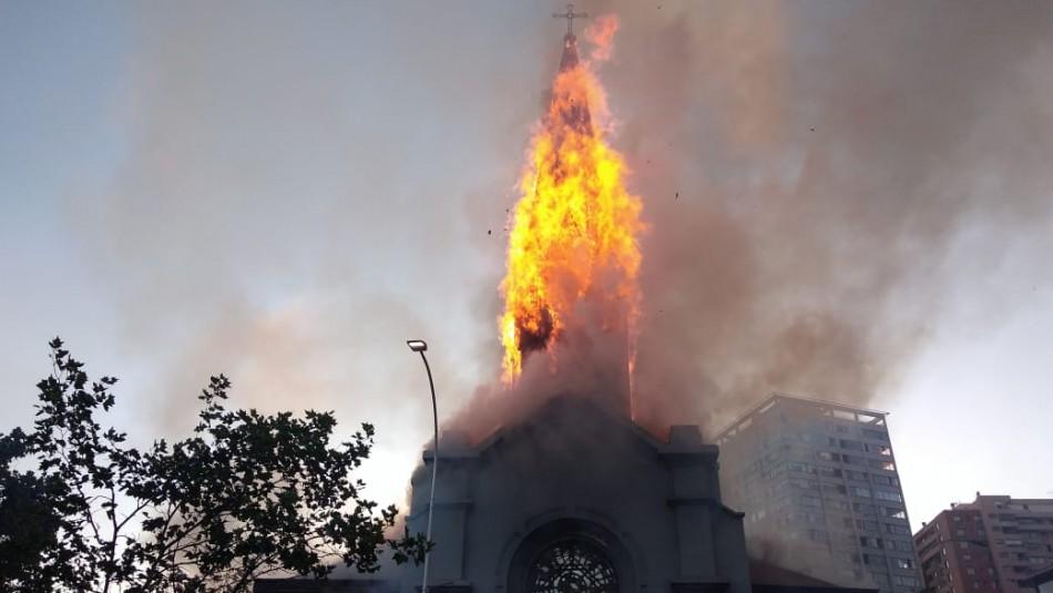 Incendio afecta a Iglesia de la Asunción: Estructura podría colapsar en cualquier momento