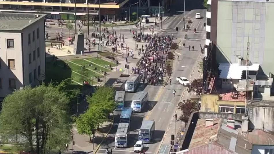 Manifestaciones en Concepción dejan 9 detenidos y un carabinero lesionado