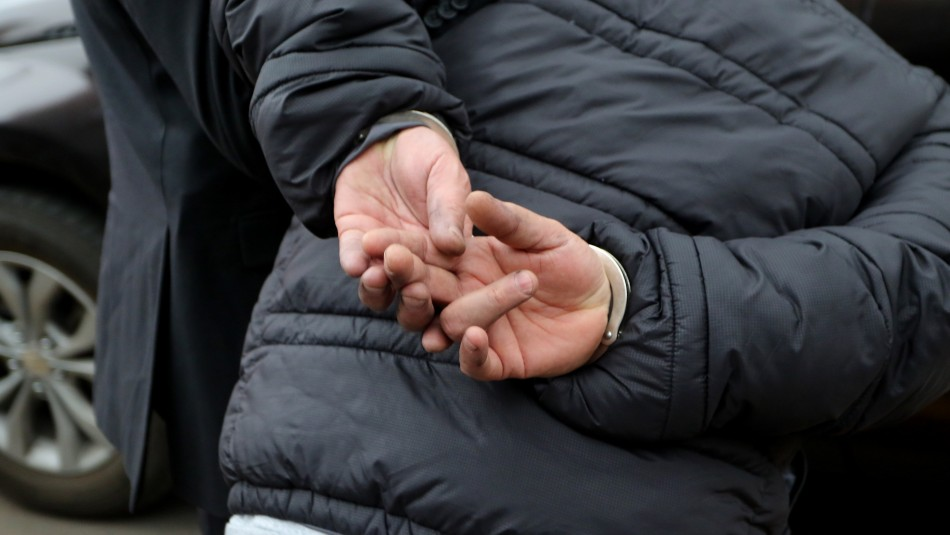 Hombre de 23 años suma 116 detenciones: Ahora fue sorprendido asaltando una vivienda