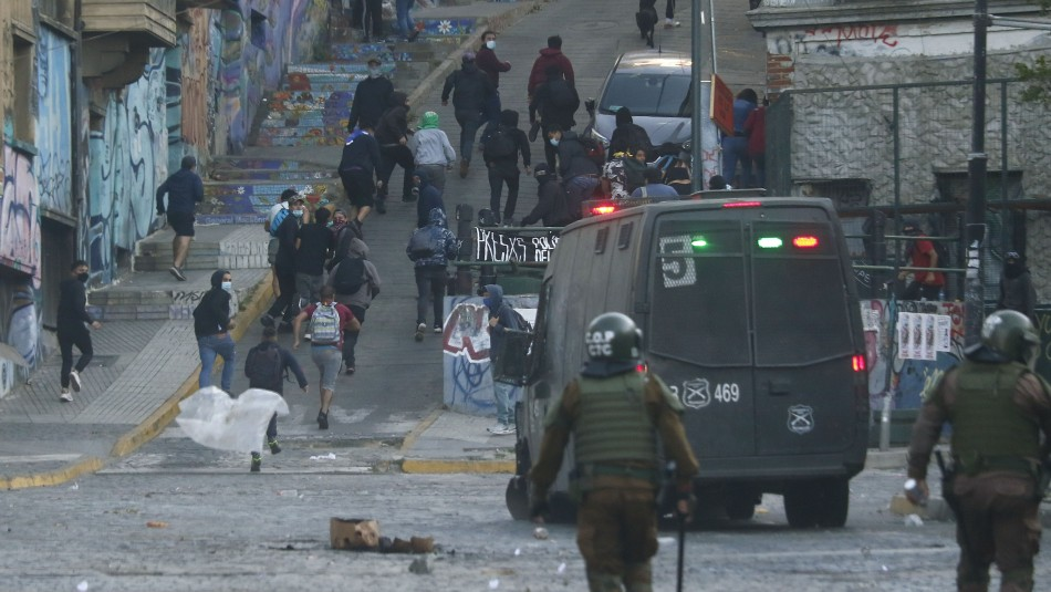 Conmemoración del 18-O: Incidentes dejan más de 50 detenidos en distintas regiones del país