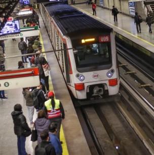 Metro gratuito durante el Plebiscito: Conoce los horarios del tren subterráneo este domingo
