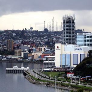 Puerto Montt supera a Punta Arenas: Las 20 comunas con más casos activos de coronavirus