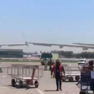 Reportan colisión de alas de aviones en la losa del Aeropuerto de Santiago