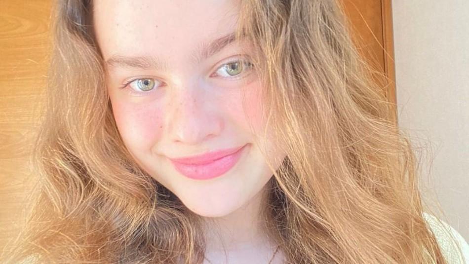 Giulia Inostroza sorprende con colorido cambio de apariencia: