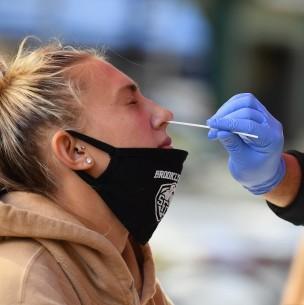 EEUU registra récord con más de 94 mil nuevos casos de coronavirus en 24 horas