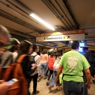 Metro: 5 estaciones de Línea 2 interrumpidas por incidencia