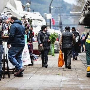 Temuco y Puerto Montt lideran: Las 20 comunas con más casos activos de coronavirus