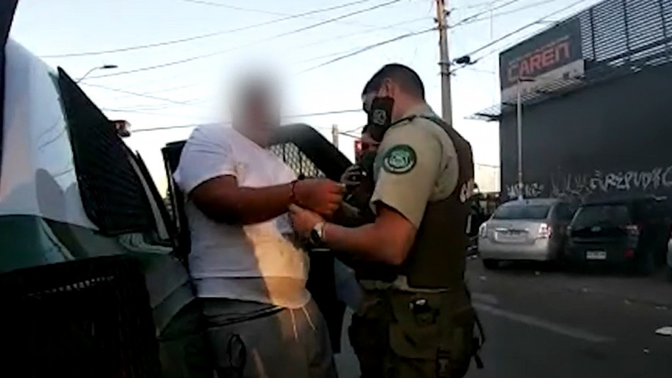 Megatorres son asediadas por venta de drogas y prostitución en Estación Central
