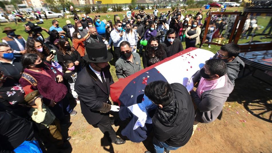 General Rozas en masivo funeral de carabinero asesinado: