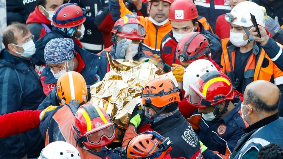 Dos niñas sobreviven tres días entre los escombros tras terremoto en Turquía