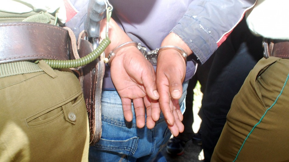 Femicidio de joven en Valdivia: Acusado registra 10 causas por distintos delitos