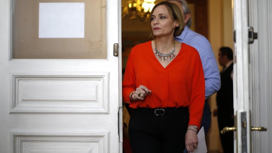 Senadora Goic pide no