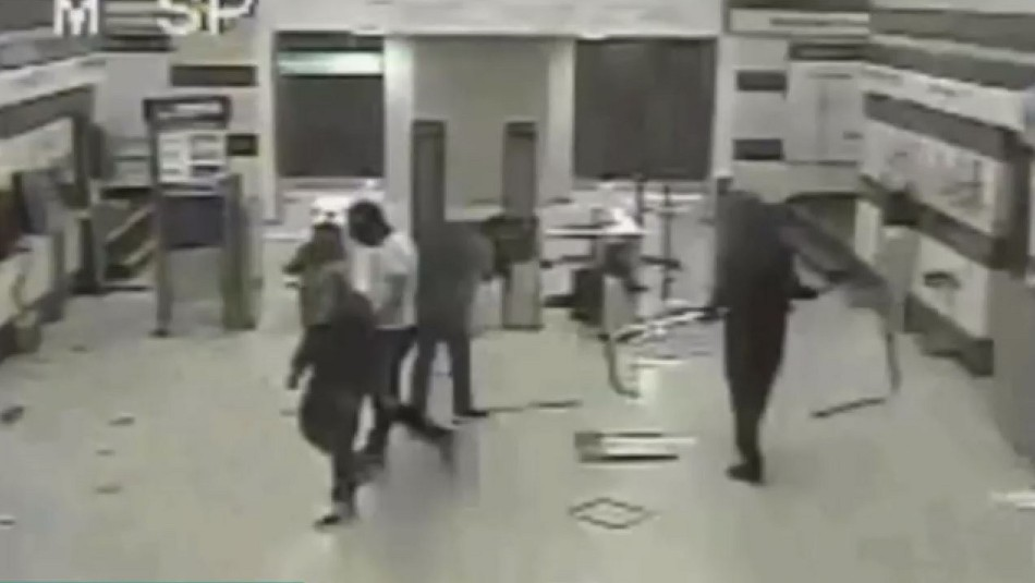 Absuelven a tío y sobrino imputados por incendio a estación Pedrero del Metro