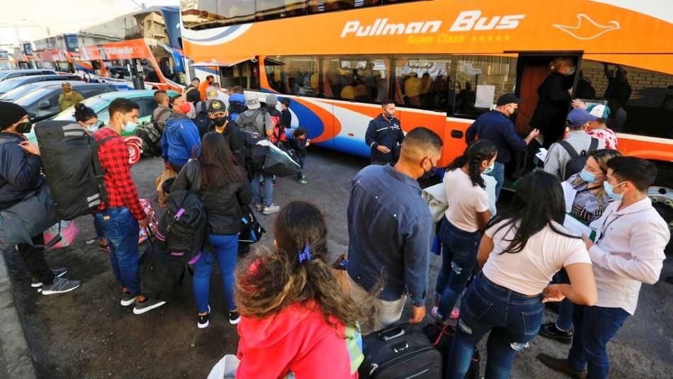 Iquique registra 4 mil ingresos ilegales en 3 meses: 350 venezolanos viajan a Santiago