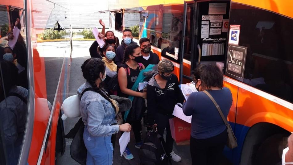 Segundo grupo de 175 venezolanos viaja a Santiago desde Iquique