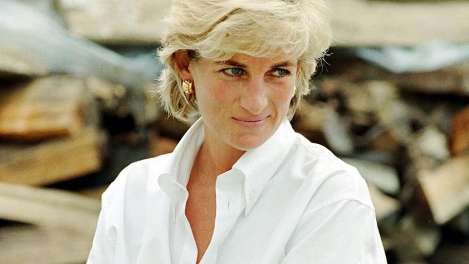 Hermano de la princesa Diana publica una foto inédita a pocos días del estreno de The Crown