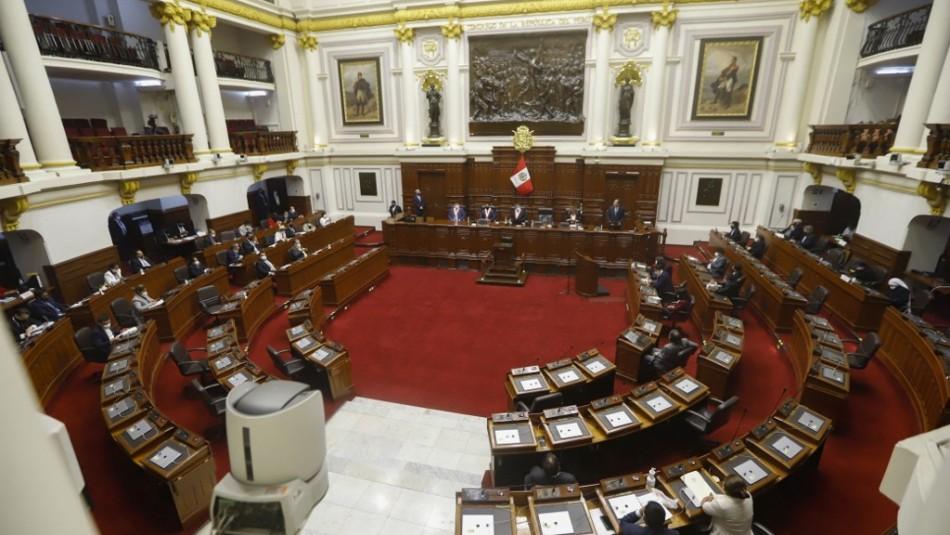 Congreso de Perú no llega a acuerdo para elegir al nuevo Presidente de la República