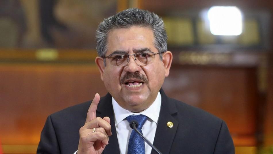 Expresidente Manuel Merino es denunciado por homicidio calificado y otros dos delitos