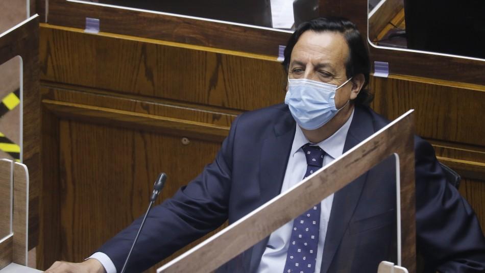 Senado rechaza acusación constitucional contra exministro Víctor Pérez