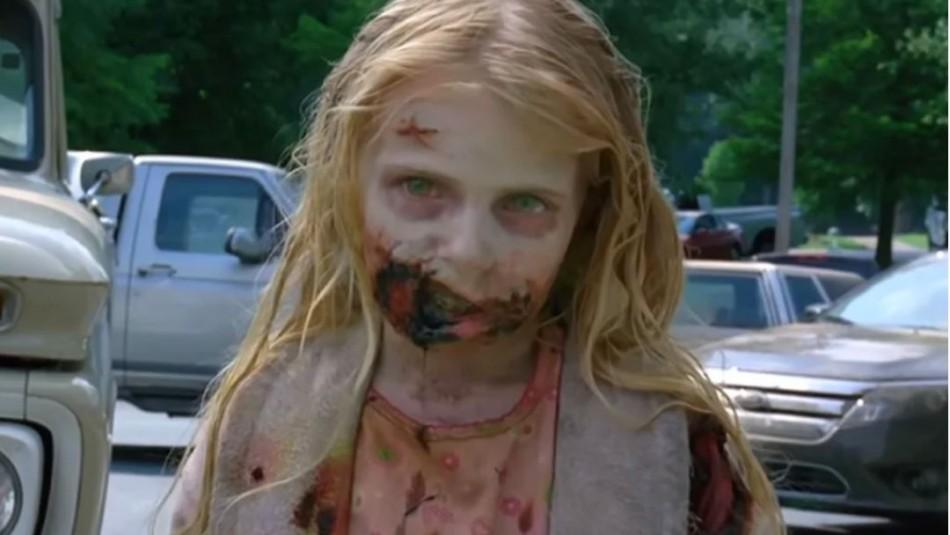 The Walking Dead: Así está la niña zombie del primer capítulo estrenado hace 10 años