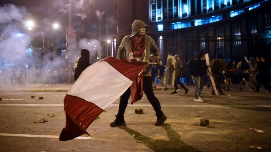 Reaparece joven extraviado en las protestas en Perú: Aseguró ser secuestrado por la policía