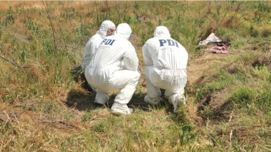 Investigan hallazgo de cadáver de mujer en sitio eriazo de Rancagua