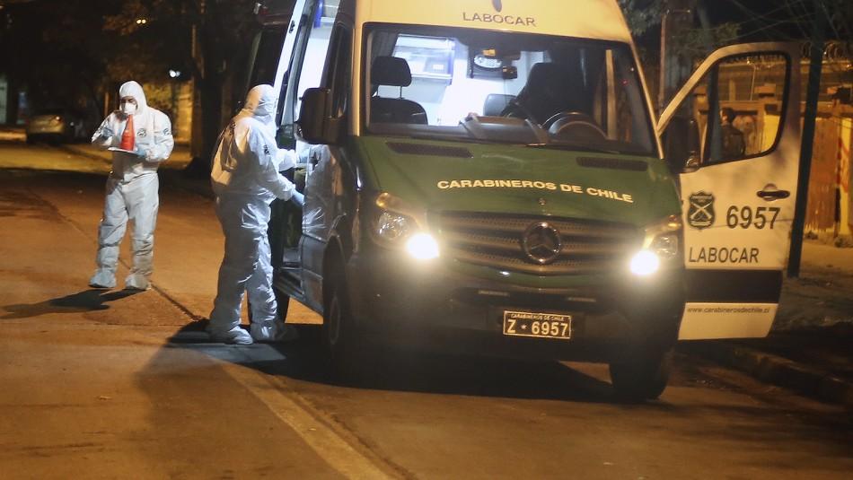 Investigan muerte de joven en Recoleta: Recibió disparo mientras manipulaba arma con su pololo