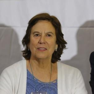 Mariana Aylwin y salud de Leonor Oyarzún: