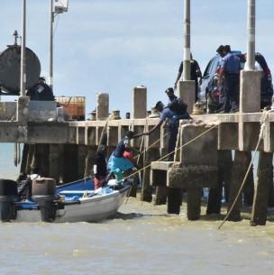 Denuncian que 16 niños venezolanos migrantes fueron deportados al mar en Trinidad y Tobago