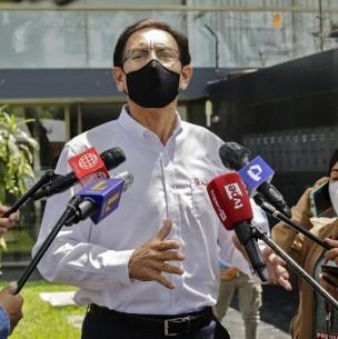 Destituido expresidente Vizcarra anuncia que postulará al Congreso del Perú