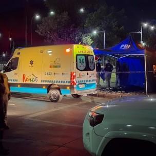 Investigan homicidios: Hombre fallece en plena vía pública de Renca y otro muere en Pudahuel