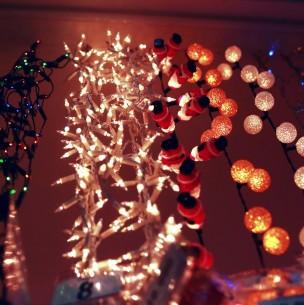 Alerta por mal uso de luces navideñas: Formulan cargos a más de 24 empresas
