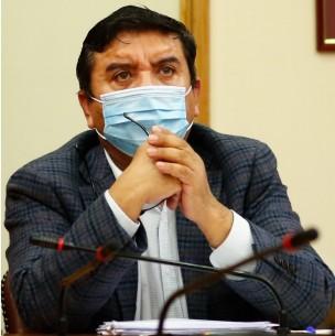 PC acusa a diputado Pedro Velásquez de insultar a Marisela Santibáñez: Habría testigos